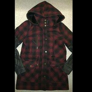 Volcom Women's red flannel jacket M